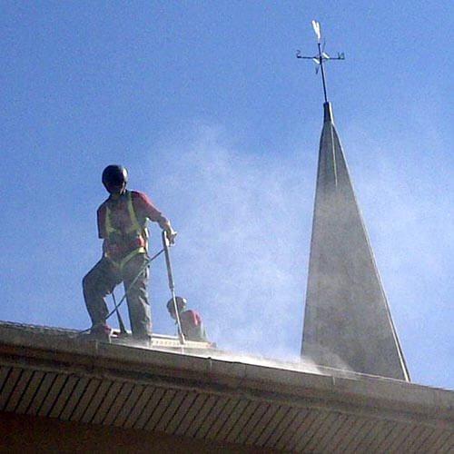 High pressure roof & gutter cleaning by Cheerful Cleaning specialised cleaning services in George